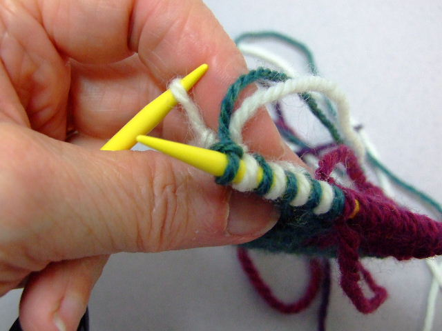 Double Knitting Discoveries-No Twist Edge Closure, and More (1/6)