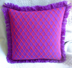 ms slikie - red hat pillow back