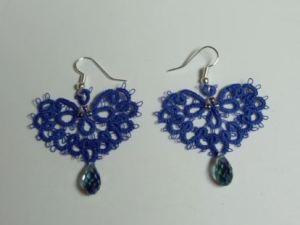 tatted blue heart earrings